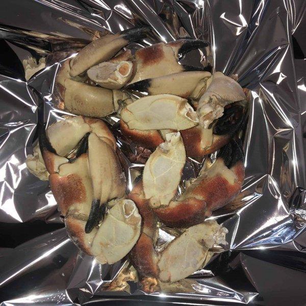 Cooked Medium Crab Claws